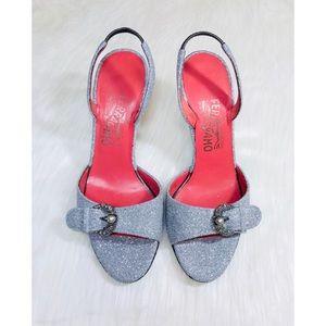 ❤️ Salvatore Ferragamo Platinum Glitter Heels!